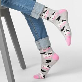 Шкарпетки дитячі з малюнком білої коровки з чорними плямами-3319