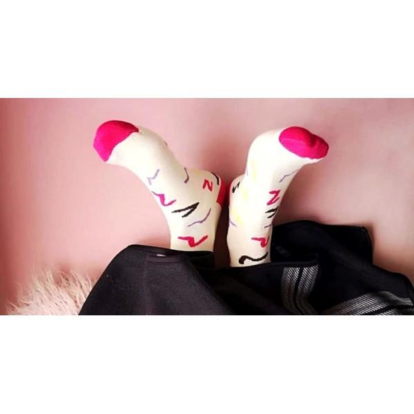 Догляд за дизайнерськими шкарпетками