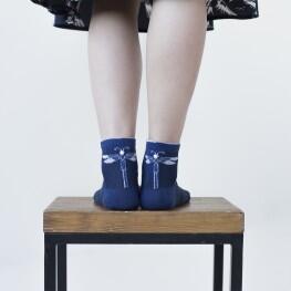 Жіночі шкарпетки із сяючою стрекозою-1432