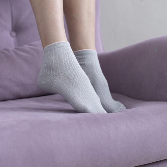 Жіночі шкарпетки в'язки косичка з яскравою резинкою фото 1