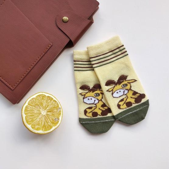 Дитячі шкарпетки для найменших з малюнком «3D жирафик» фото 1